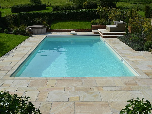 Featherstone Natural Stone Paving